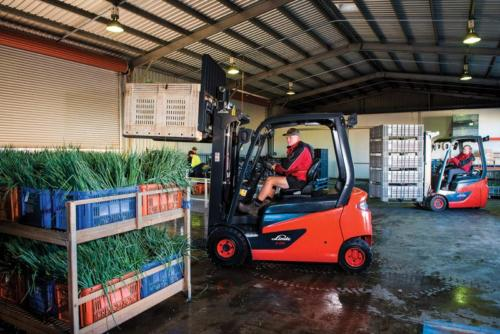 Electric forklifts are ideal for moving and loading of produce at farms and fresh produce markets. Photo by Linde Materials Handling